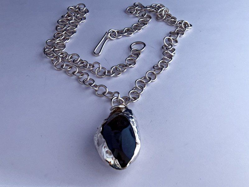 colonne-brisee-bijoux-argent-pendentif-graine-oubliee-obsidienne-800