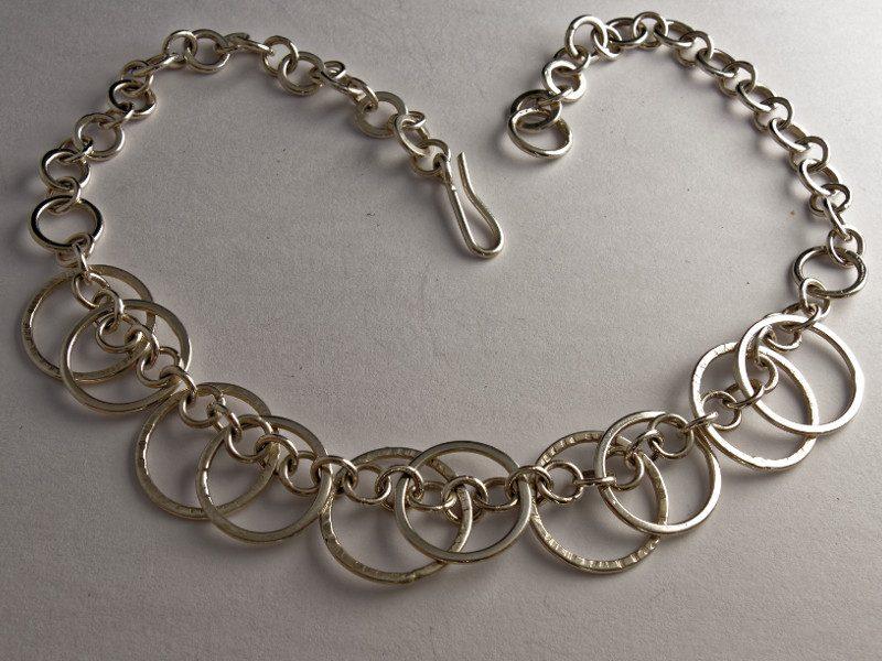 colonne-brisee-bijoux-argent-pendentif-ronde-anneaux-800