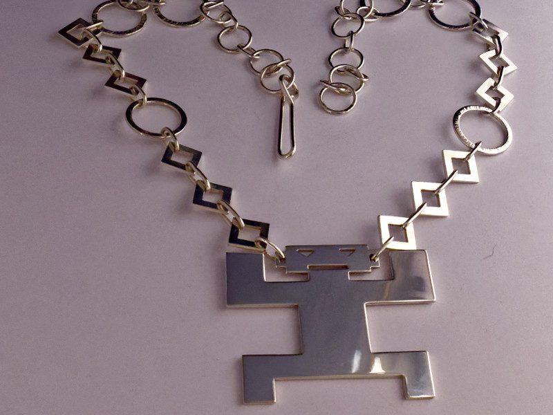 colonne-brisee-bijoux-argent-pendentif-anthropomorphe-800