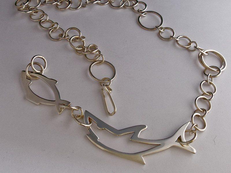 colonne-brisee-bijoux-argent-pendentif-requin-600